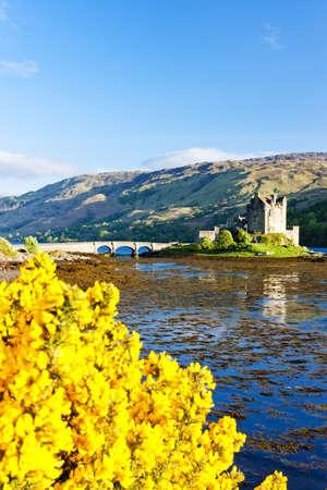Eilean Donan Castle, Loch Duich, Scotland Stock Photo - 11348076