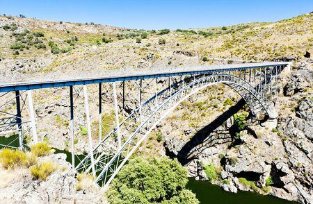 castile leon: Requejo Bridge, Castile and Leon, Spain