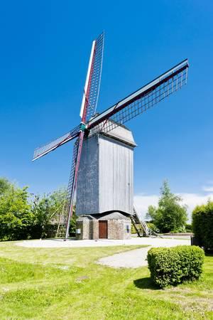 wooden windmill Drievenmeulen near Steenvoorde, Nord-Pas-de-Calais, France Stock Photo - 13121546