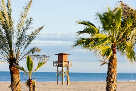 lifeguard cabin on the beach in Narbonne Plage, Languedoc-Roussillon, France Standard-Bild