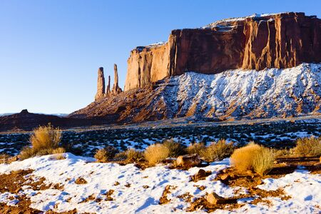 The Three Sisters and Mitchell Mesa, Monument Valley National Park, Utah-Arizona, USA Stock Photo - 15523883