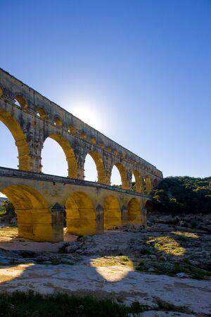 roussillon: Roman aqueduct, Pont du Gard, Languedoc-Roussillon, France Stock Photo