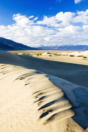 Stovepipe Wells sand dunes, Death Valley National Park, California, USA Stock Photo - 15651155