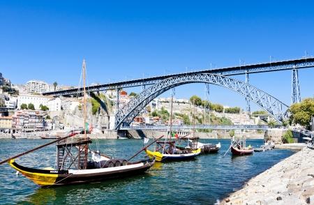 rabelo: Dom Luis I Bridge and typical boats (rabelos), Porto, Portugal Stock Photo