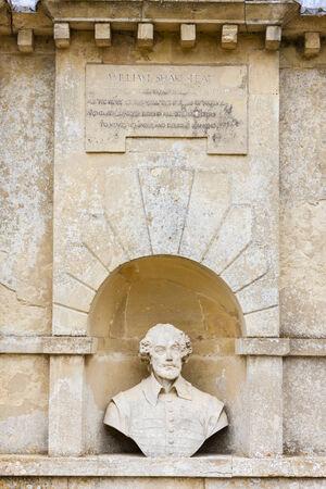 william shakespeare: bust of William Shakespeare, Stowe, Buckinghamshire, England Stock Photo