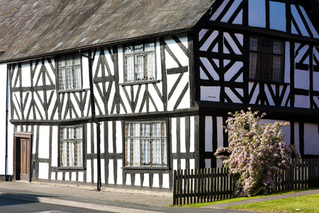 half timbered house: half timbered house, Leominster, Herefordshire, England