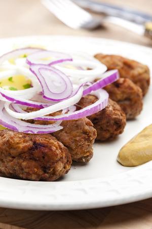 bign�: frittelle di carne macinata