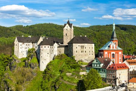 Loket Castle with town, Czech Republic Standard-Bild
