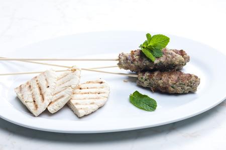 pita bread: mutton kebab with mint and pita bread