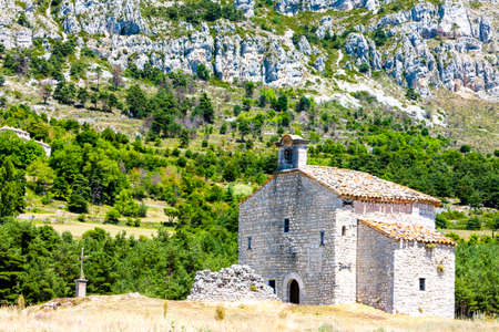alpes: Chapel Notre-Dame de Gratemoine, Seranon, Provence, France