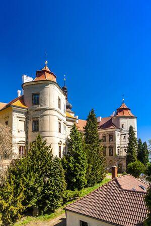 czech republic: Jezeri Palace, Czech Republic