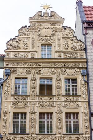 rynek: House under star, Old Town Square, Torun, Kuyavia-Pomerania, Poland