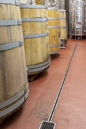 wine cellar with wooden barrels, Southern Moravia, Czech Republic 版權商用圖片