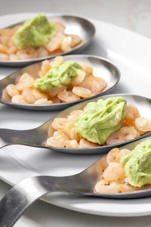 shrimp salad with paste of ripe avocado Imagens