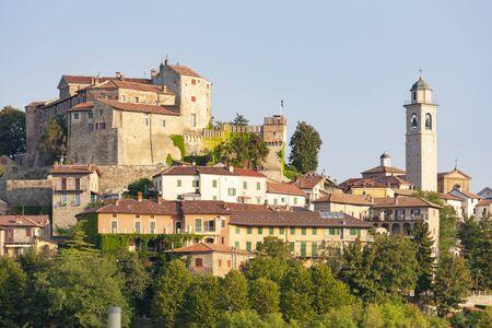 town Molare in Piedmont, Italy 版權商用圖片