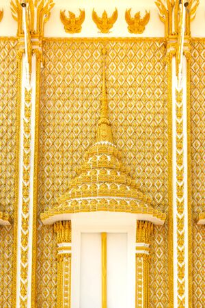 tabernacle: The golden carve window in thai temple