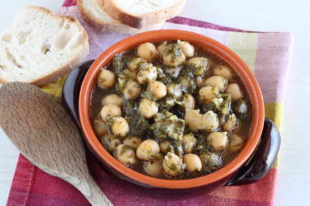 Zimino - Chickpeas soup with bread slices Stock Photo