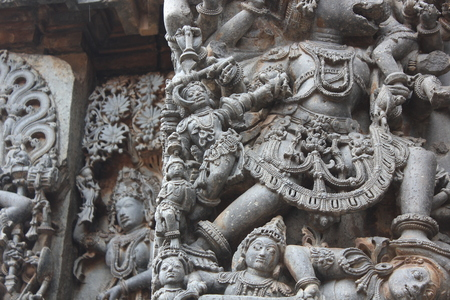 Hoysaleswara Temple Wall Carving of annihilation of a demon Stok Fotoğraf - 86103637