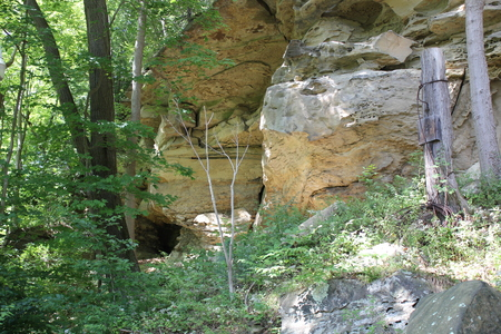 どうもこうした細石器の岩の露出します。