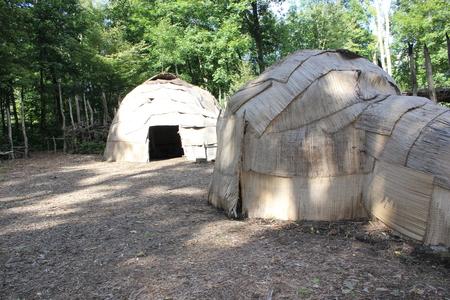 ウィグワム - 16 世紀東部森林インド人は、どうもこうした細石器で避難所を使用