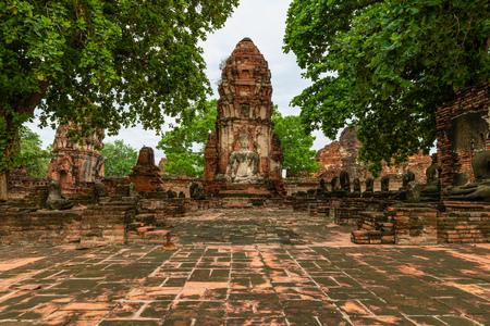 Wat Mahathart temple in ruins, Ayutthaya, Thailand