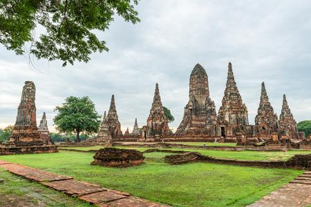Wat Chaiwattanaram in ruins, Ayutthaya, Thailand Stock Photo