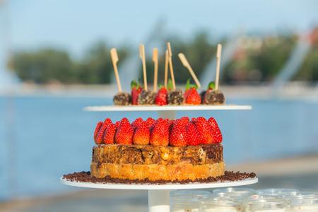 afternoon fancy cake: Wedding Strawberry cake