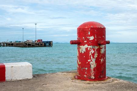 Red mooring mast