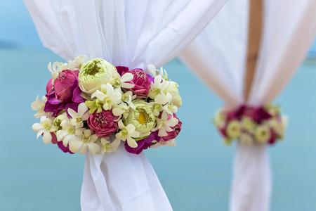 flower setting on the beach for wedding ceremony Stok Fotoğraf