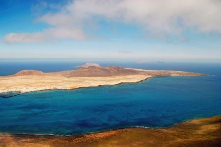 Vista de Isla Graciosa frente a la costa de Lanzarote Foto de archivo - 8474620
