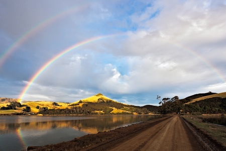 Doble arco iris en la pen�nsula de Otago photo