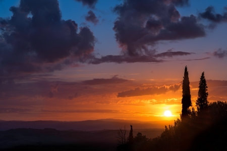 val d orcia: Zonsondergang Val d'Orcia