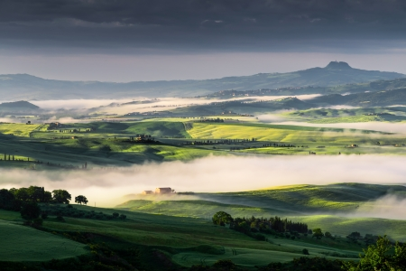 val: Sunrise over Val d Orcia Stock Photo