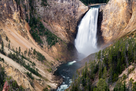 Bajo Yellowstone Falls photo