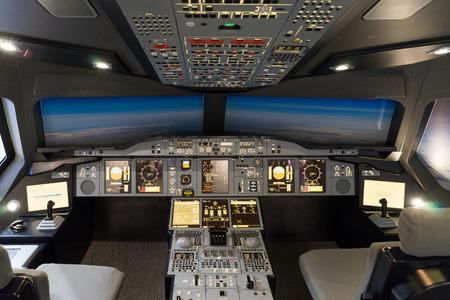 Airbus A-380-800 flight simulator