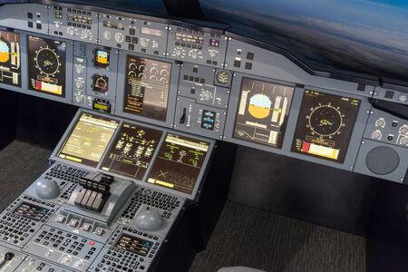 simulator: Airbus A-380-800 flight simulator
