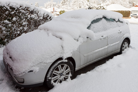 grinstead: Car covered in snow in East Grinstead