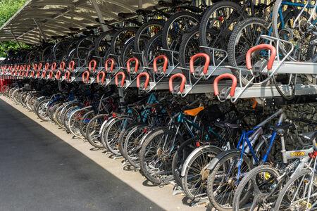 grinstead: Cycle rack at East Grinstead railway station