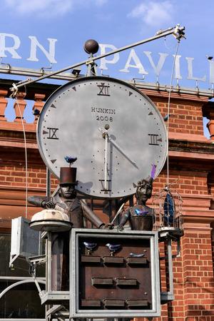 London Zoo Clock