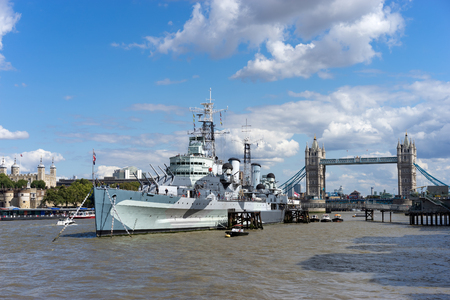 hms: HMS Belfast and Tower Bridge