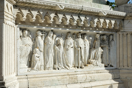 halaszbastya: Scultura alla base di St. Stephens statua Budapest