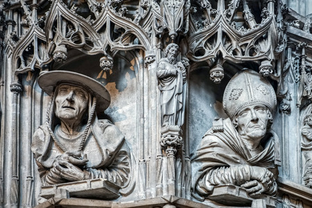 Detail view of St Stephans Cathedral in Vienna photo