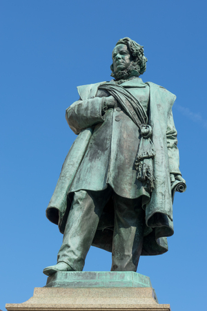 manin: Statue of Daniele Manin in venice
