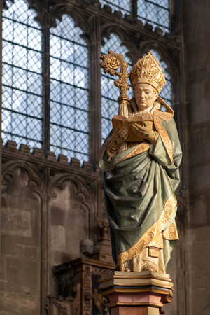 canterbury: Statue of a Bishop in Canterbury Cathedral