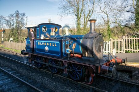 bluebell: Bluebell Steam Train approaching Sheffield Park Station