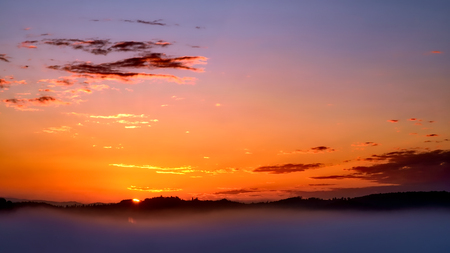 val dorcia: Sunrise over Val dOrcia