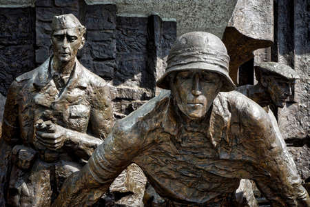 uprising: to Polish fighters uprising in Warsaw