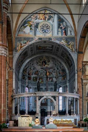 verona: Interior view of Verona Cathedral