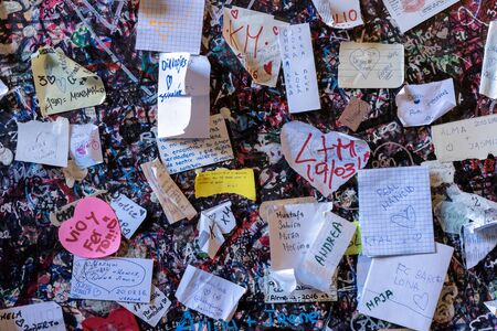 romeo: Messages and Notes next to Romeo and Juliets Balcony Verona