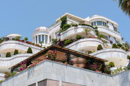 accommodation: Luxury accommodation in Puerto Banus Editorial